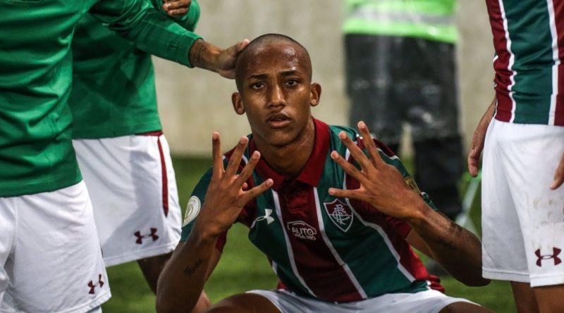 João Pedro Brilha e Fluminense vence o Atlético Nacional por 4 a 1